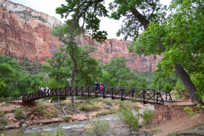 Top stops for families at Zion National Park in Utah | tipsforfamilytrips.com | spring break | summer vacation | family vacation |