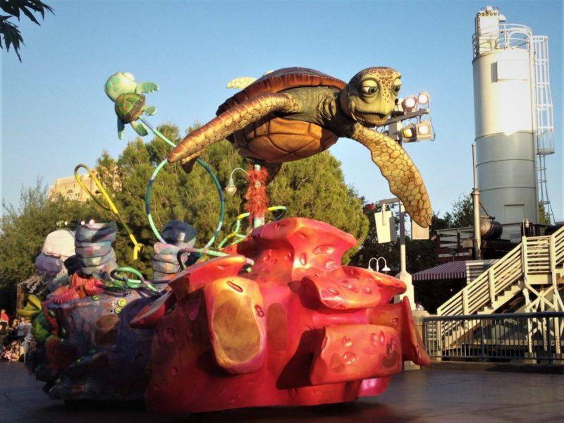 Crush Turtle float at Disneyland parade