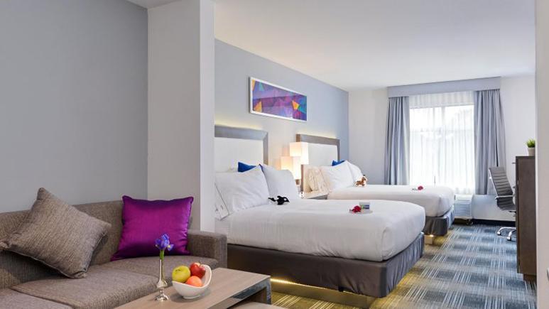 Holiday Inn Express San Diego Mission Valley - interior room